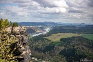 Blick auf das Elbtal und Bad Schandau